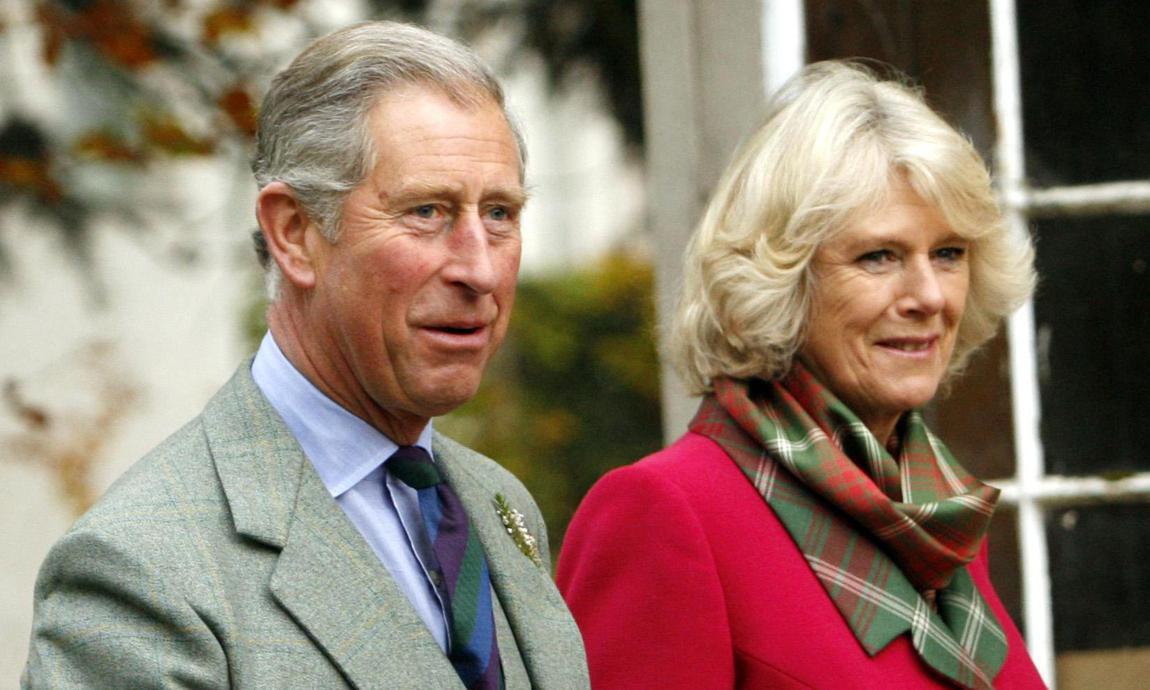 Príncipe Carlos y su esposa Camila