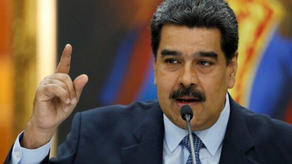 Estados Unidos ofrece recompensa por la captura de Nicolás Maduro.