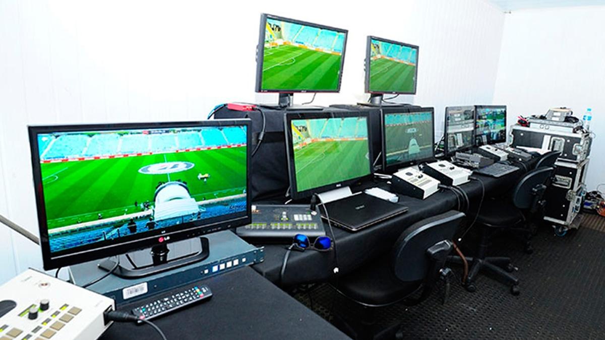 El VAR no sería tomado en cuenta en la Champions League