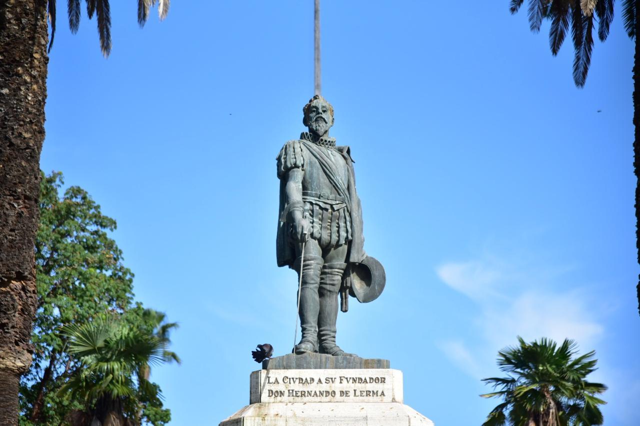Monumento a Hernando de Lerma- Fundación de Santa