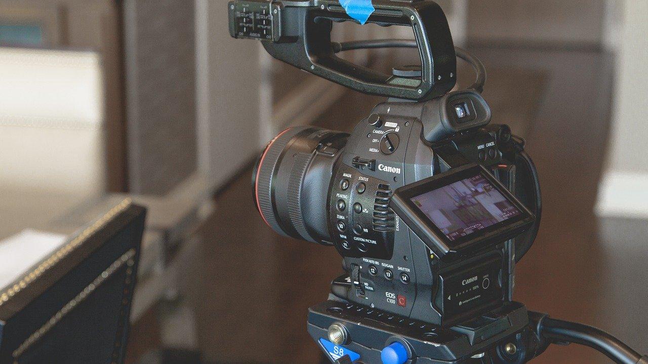 Ciclo de entrevistas en vivo