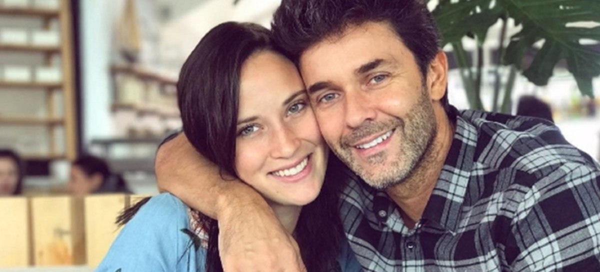 Camila Cavallo y Mariano Martínez