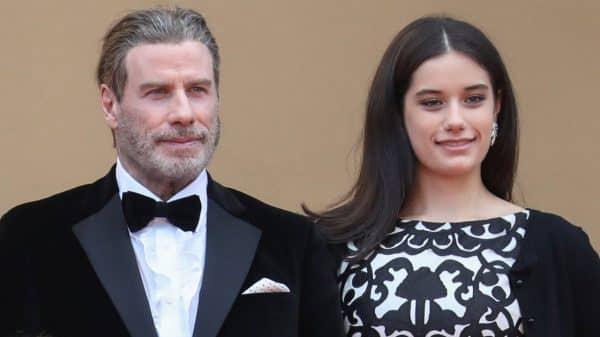 John Travolta y su hija