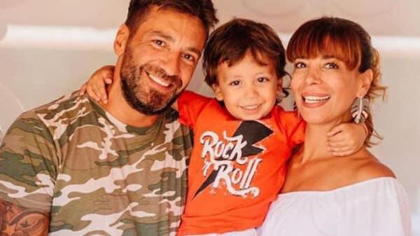 Gustavo Conti y Ximena Capristo con su hijo