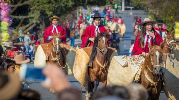Desfile Güemes