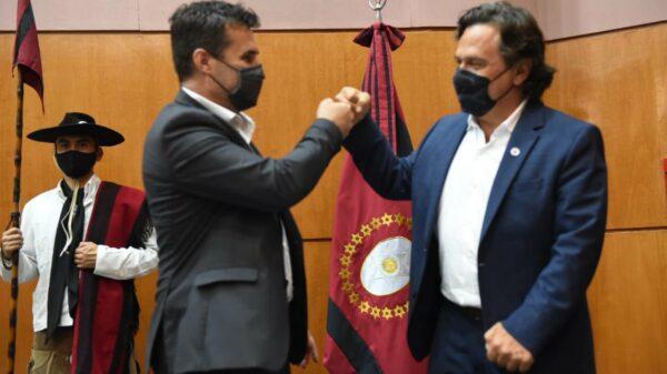 Gustavo Sáenz con el secretario de Energía
